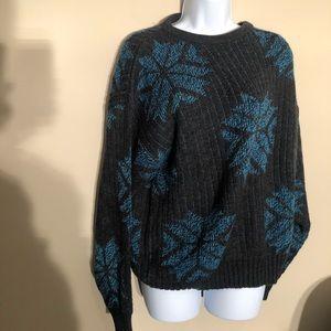 Hook Mens Snowflake design Sweater